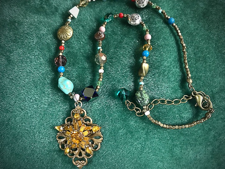 Vintage-Earring-necklace